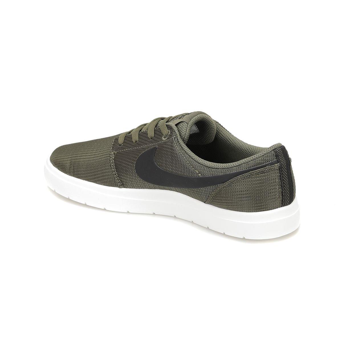 حذاء رياضي للرجال باللون الاخضر(الجيشي) من ماركة نايك