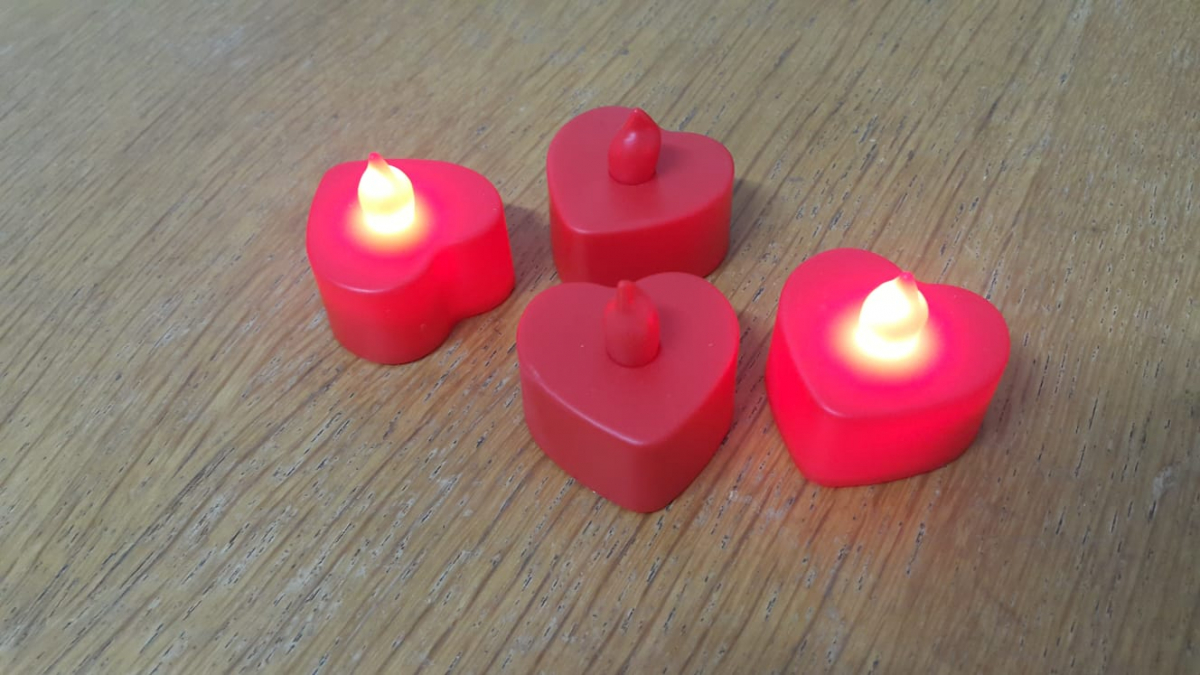 قلب حب ليد ضوئي للاجواء الرومانسية